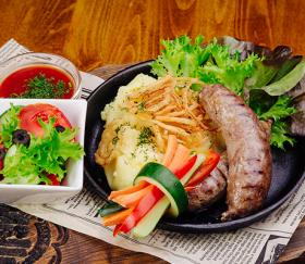 Колбаски из мяса мраморной говядины